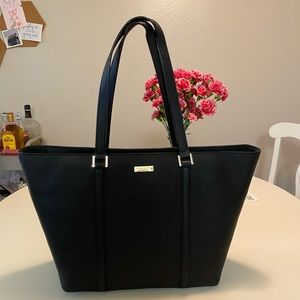 Black Kate Spade Shoulder Bag in great condition